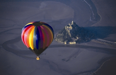 Balloon flight, Mont Saint Michel