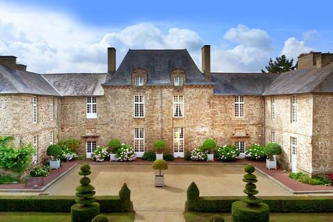 Château La Ballue, Bazouges La Pérouse